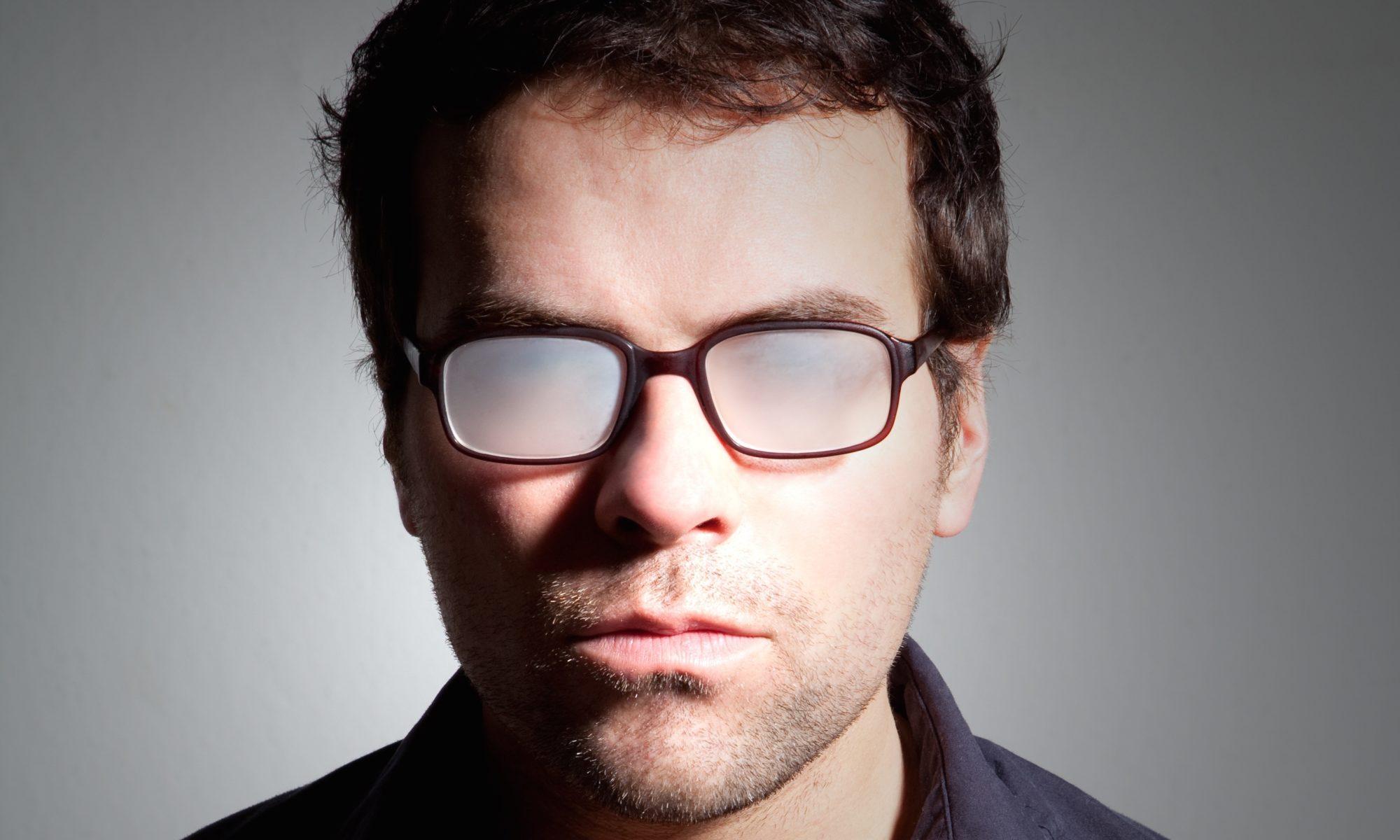 Beschlagene Brille Brillengläser im Winter